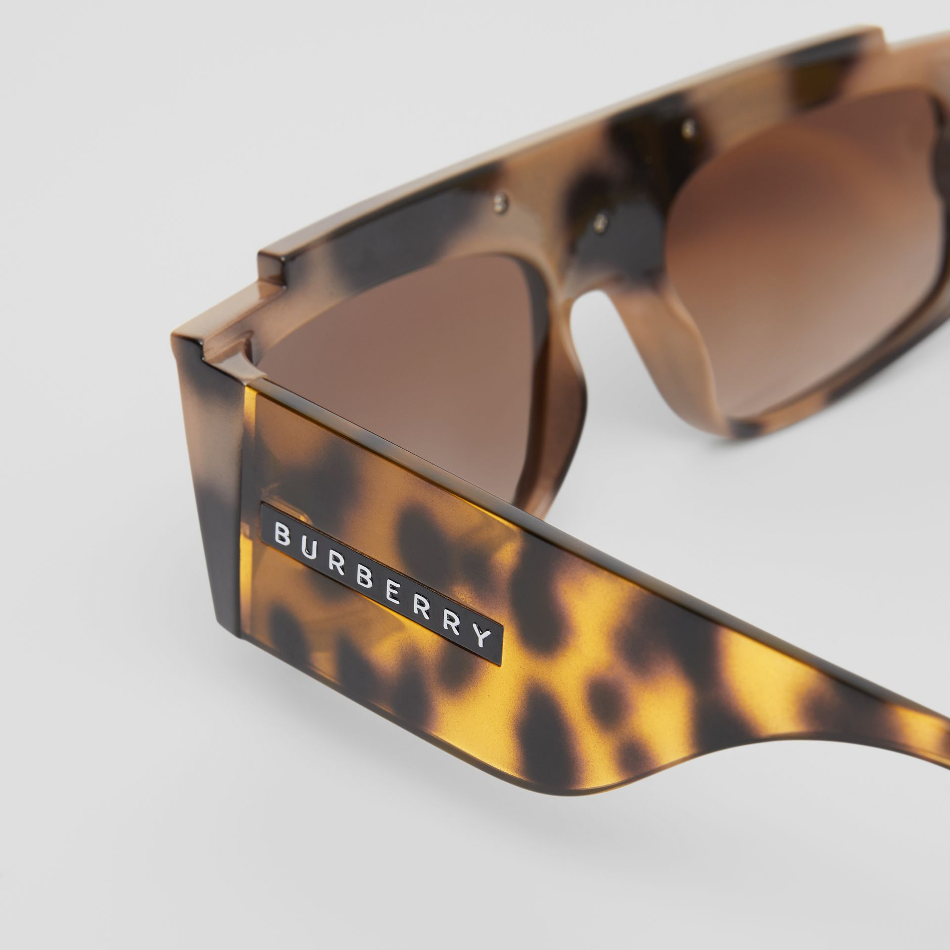 Rectangular Frame Sunglasses in Tortoiseshell - Women | Burberry - gallery image 1