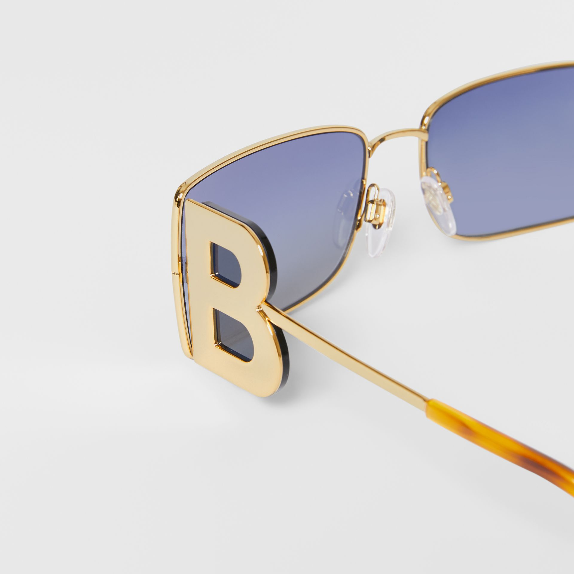 'B' Lens Detail Rectangular Frame Sunglasses in Amber Tortoiseshell - Women | Burberry - gallery image 1