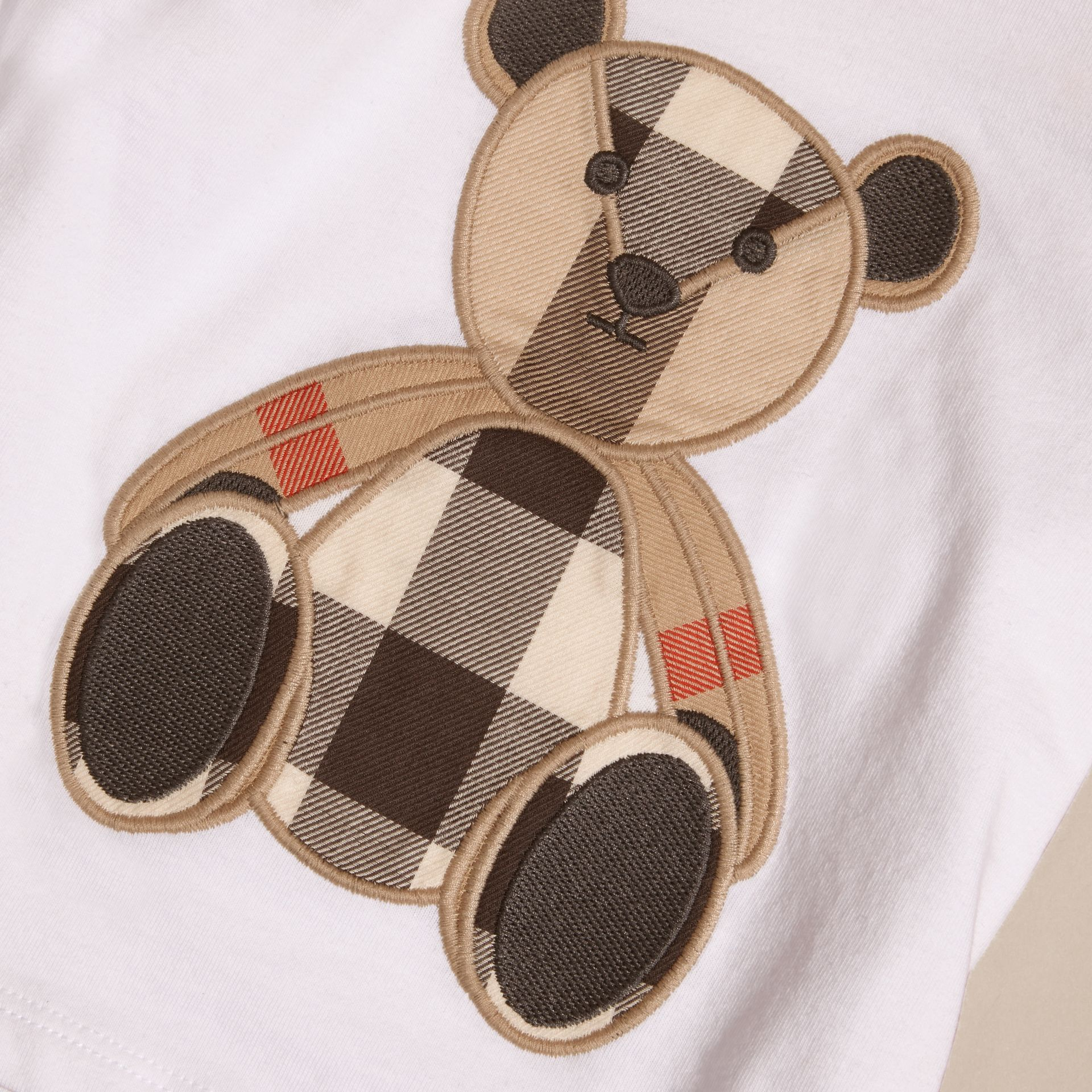 White Long-sleeved Teddy Bear Motif Cotton T-shirt - gallery image 2