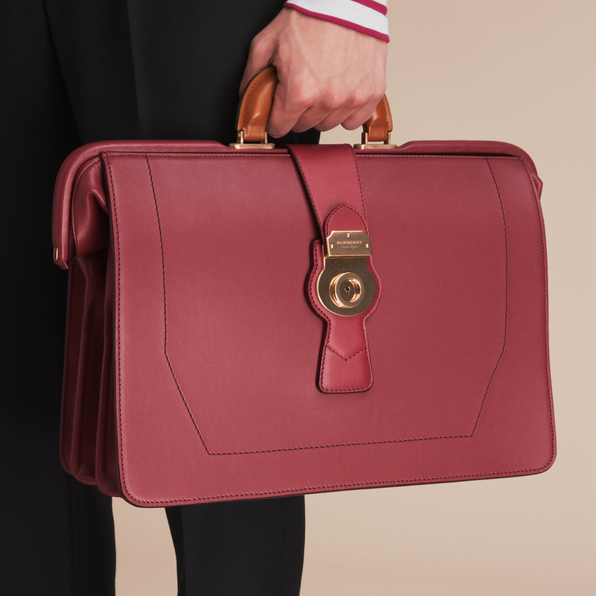 The DK88 Doctor's Bag Antique Red - gallery image 4
