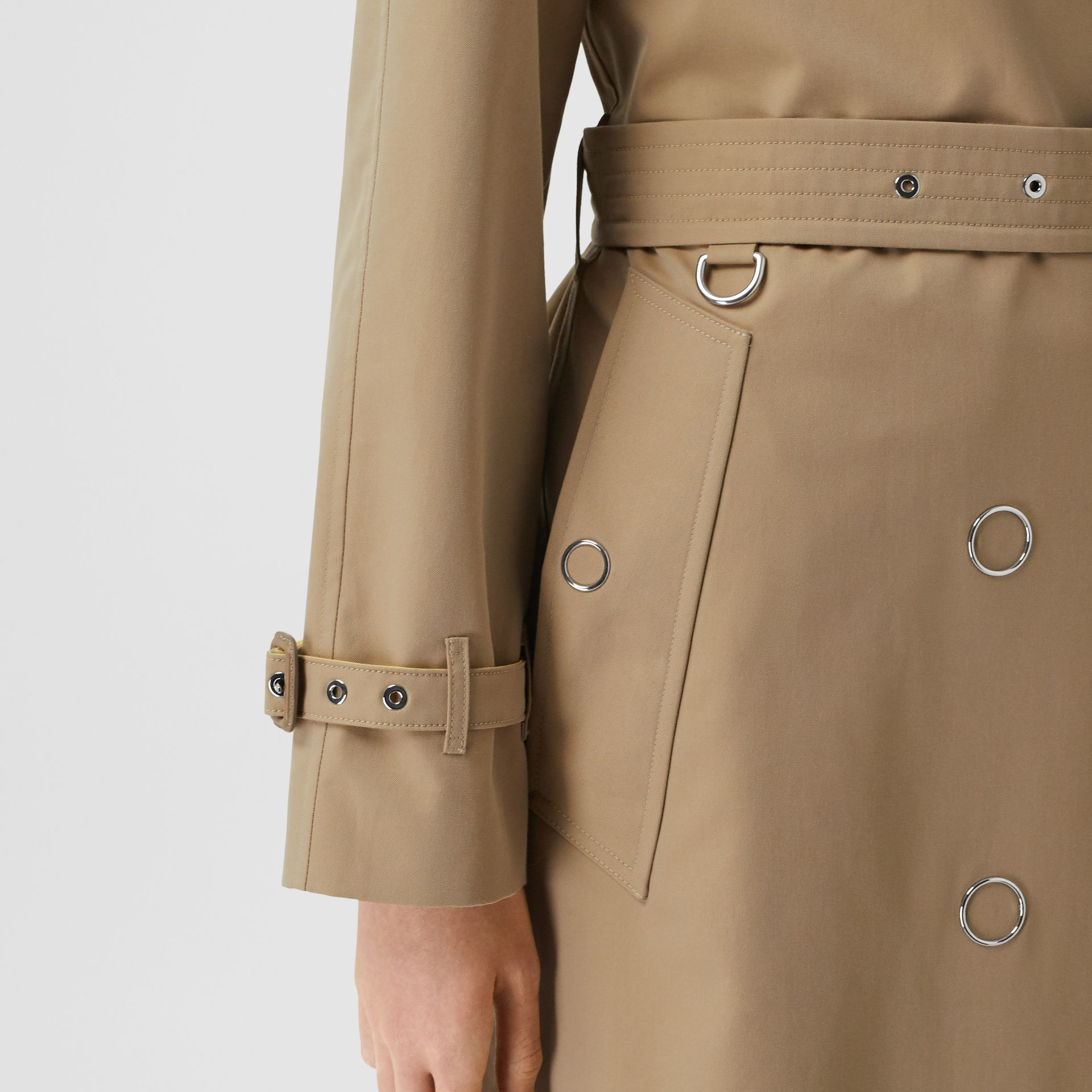 Colour Block Cotton Gabardine Trench Coat in Honey - Women | Burberry Canada - gallery image 5