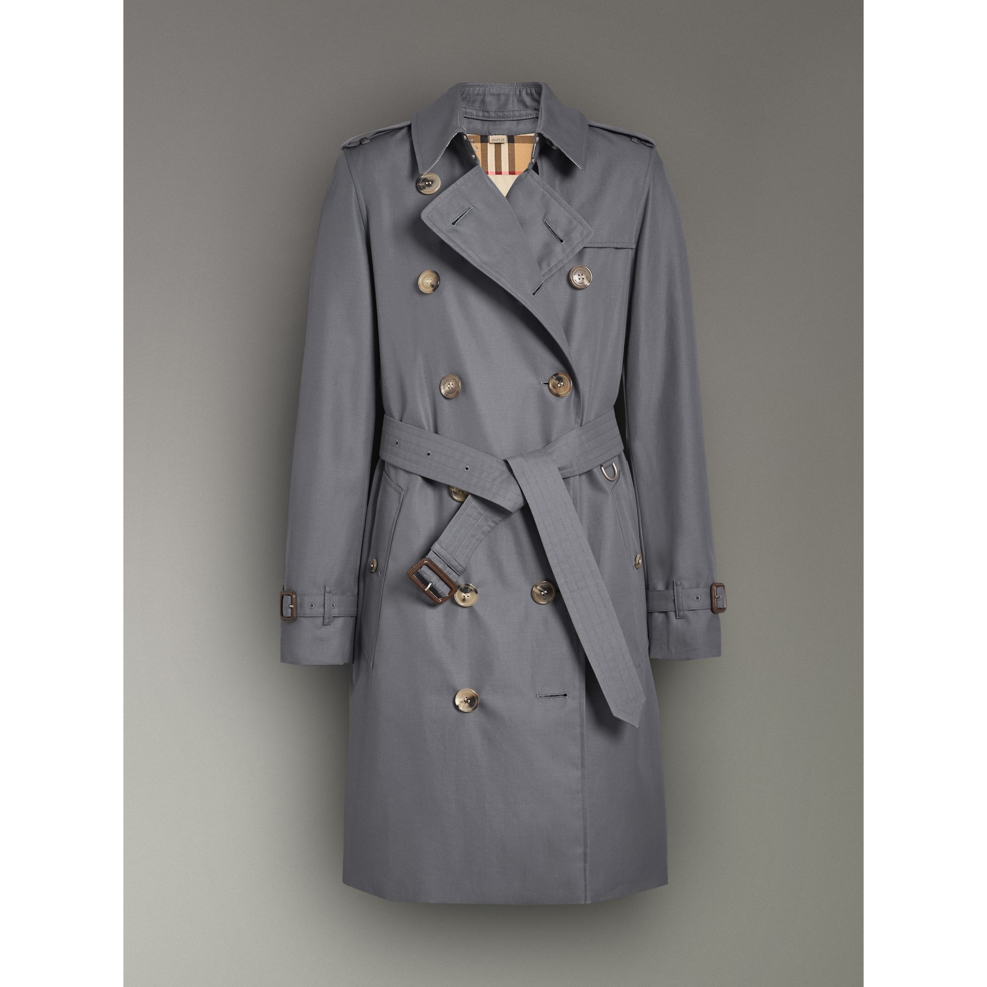 The Kensington Heritage Trench Coat in Mid Grey - Women | Burberry United Kingdom - gallery image 3