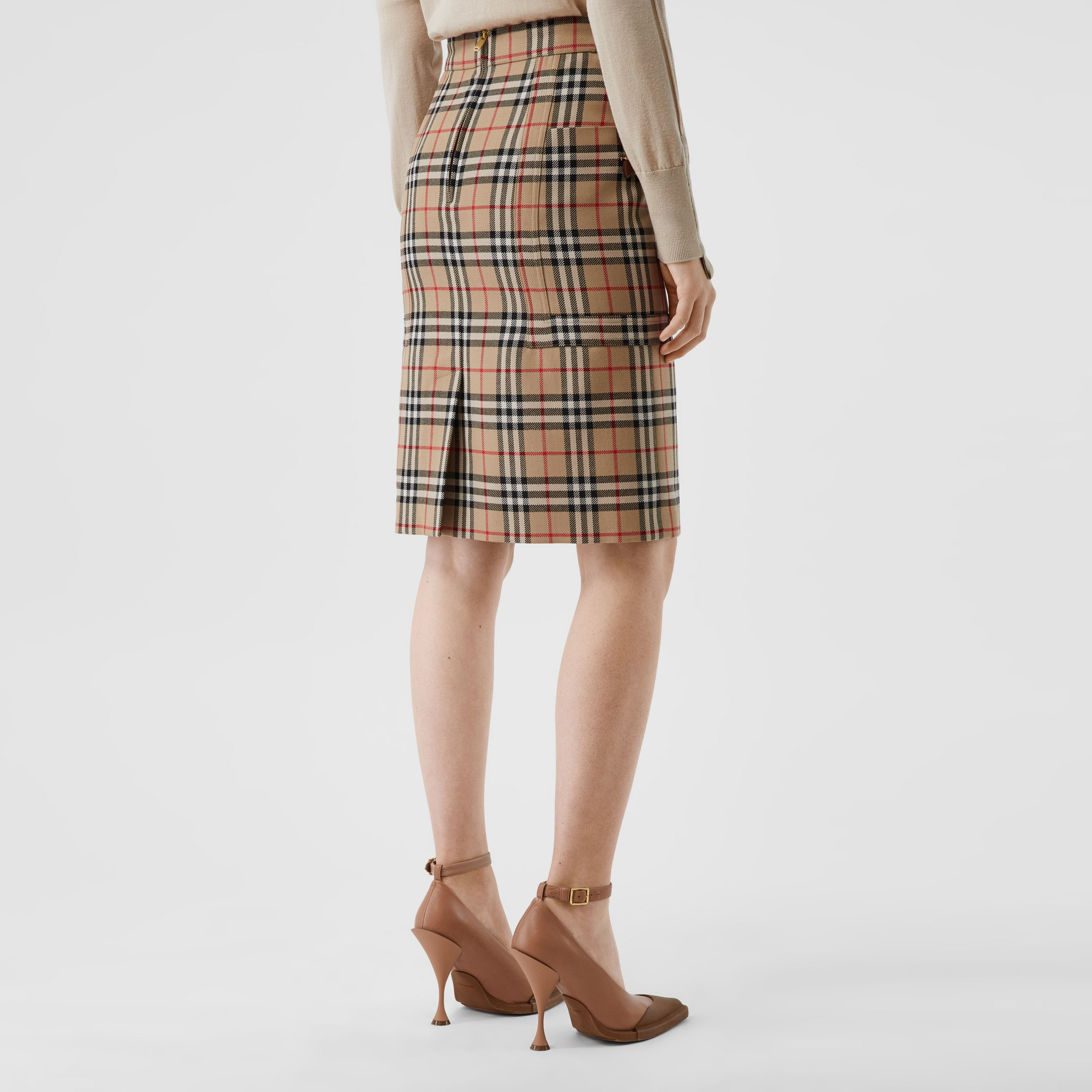 Gonna a tubo in lana con motivo Vintage check e tasche (Beige Archivio) - Donna | Burberry - 3