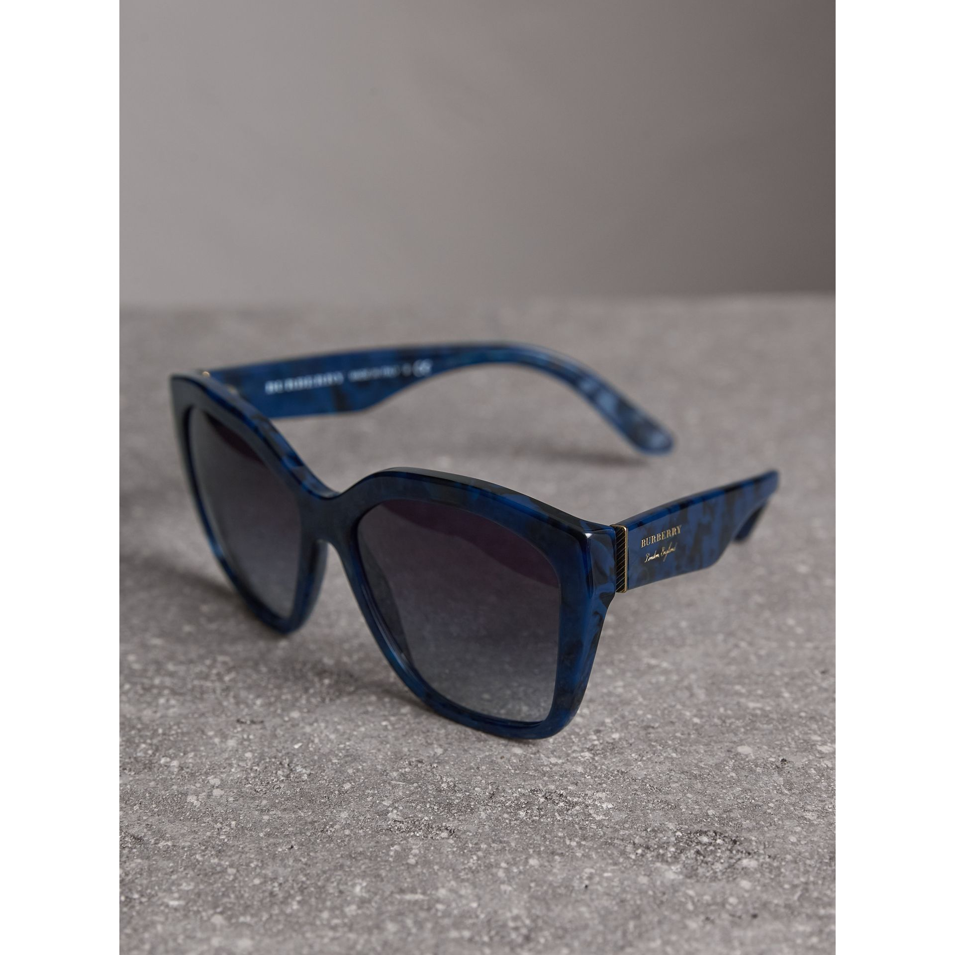Square Frame Sunglasses in Blue - Women | Burberry Singapore - gallery image 2