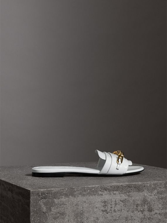 Link Detail Patent Leather Slides in Optic White