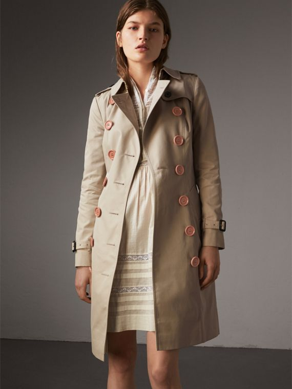 Resin Button Cotton Gabardine Trench Coat in Stone