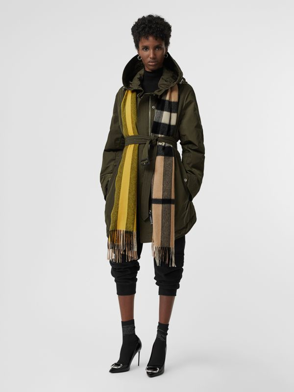 Colour Block Check Cashmere Scarf in Gorse Yellow | Burberry - cell image 2