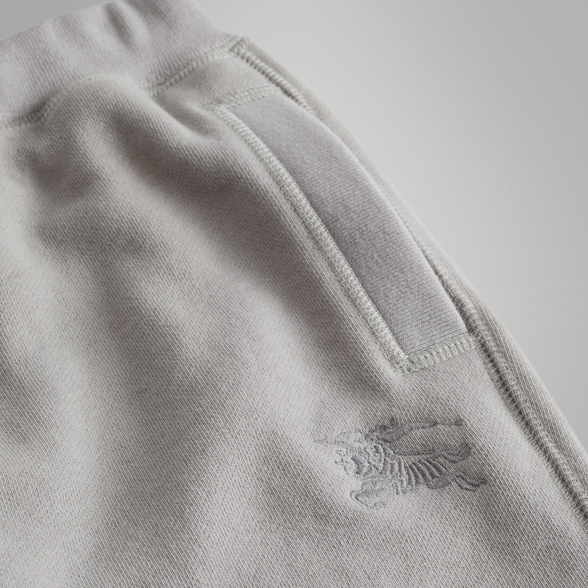 Pantalones deportivos en tejido jersey de algodón (Mezcla  Gris Tiza) | Burberry - imagen de la galería 1