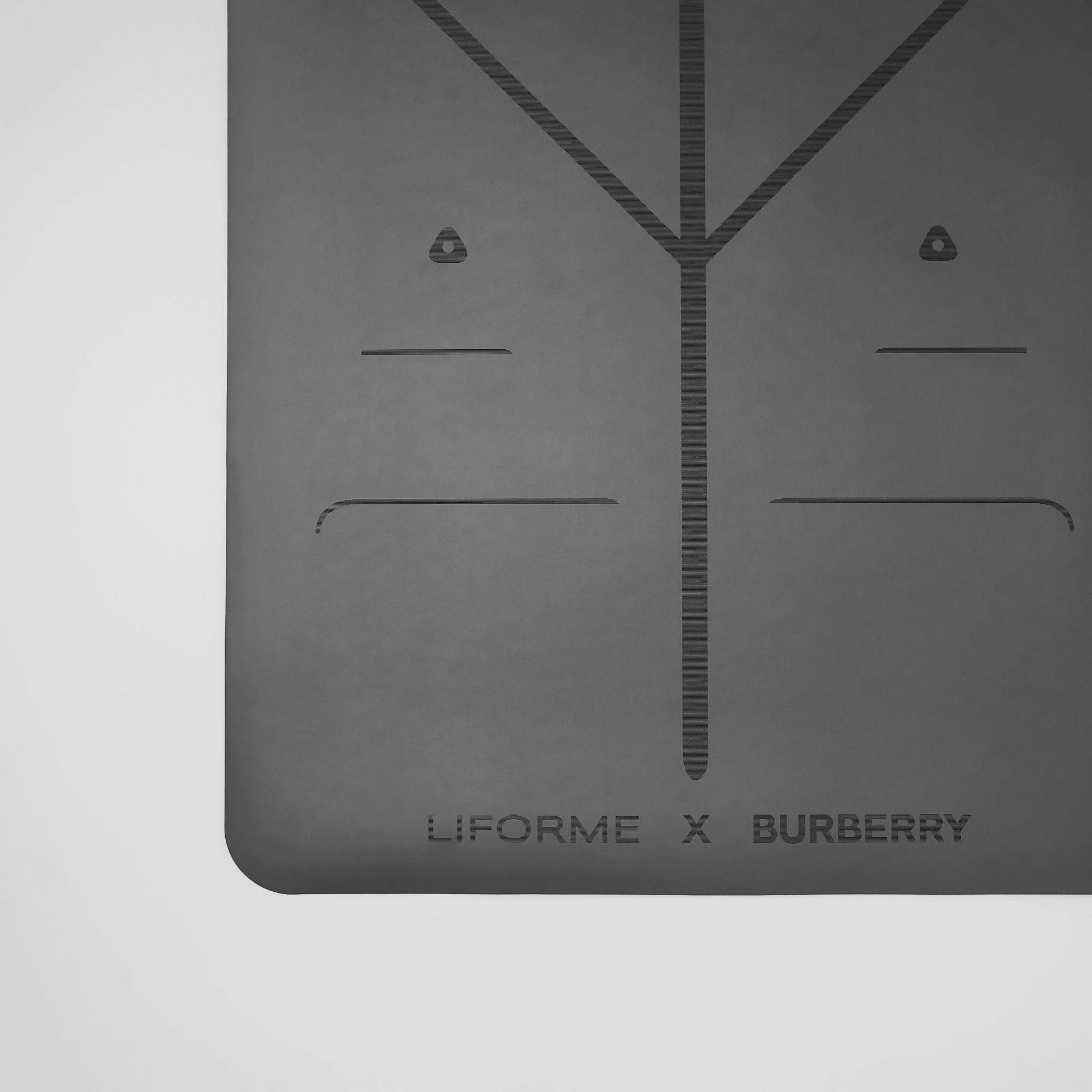 Liforme x Burberry Monogram Motif Yoga Mat in Bridle Brown | Burberry Australia - gallery image 3