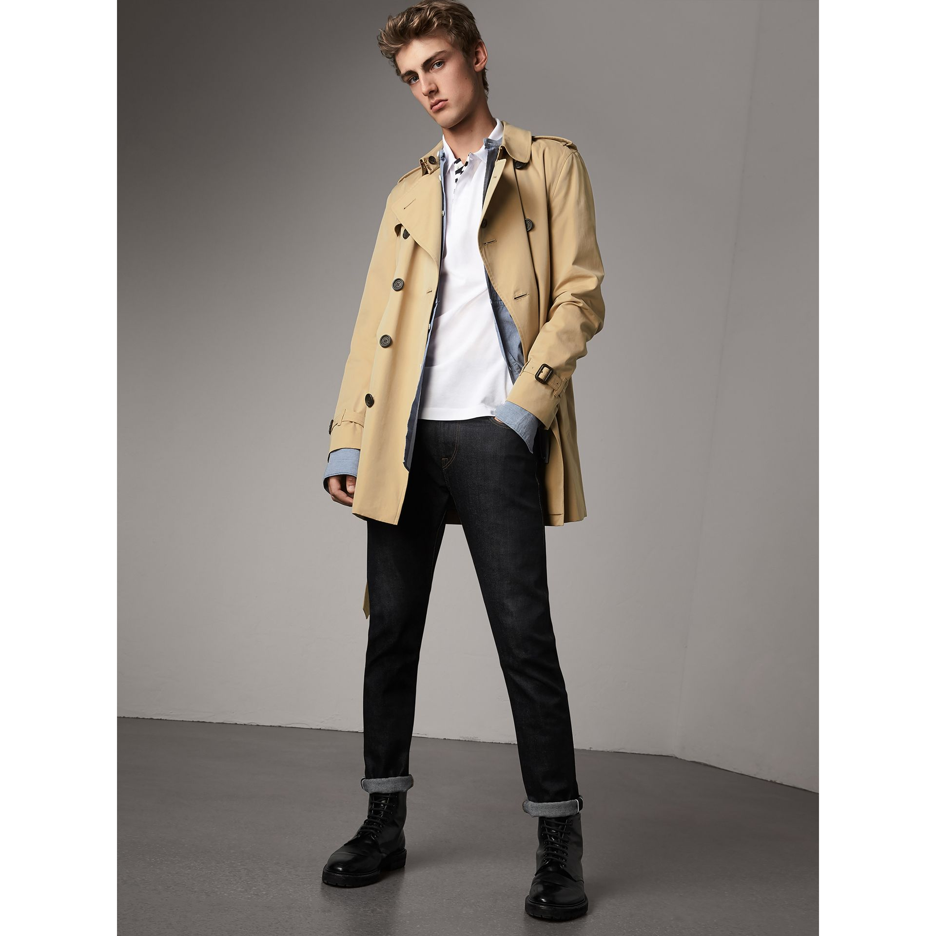 The Kensington - Trench coat medio (Miele) - Uomo | Burberry - immagine della galleria 1