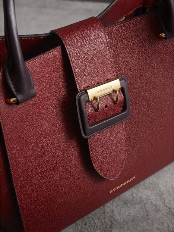 The Medium Buckle Tote in Two-tone Grainy Leather in Burgundy - Women | Burberry - cell image 1