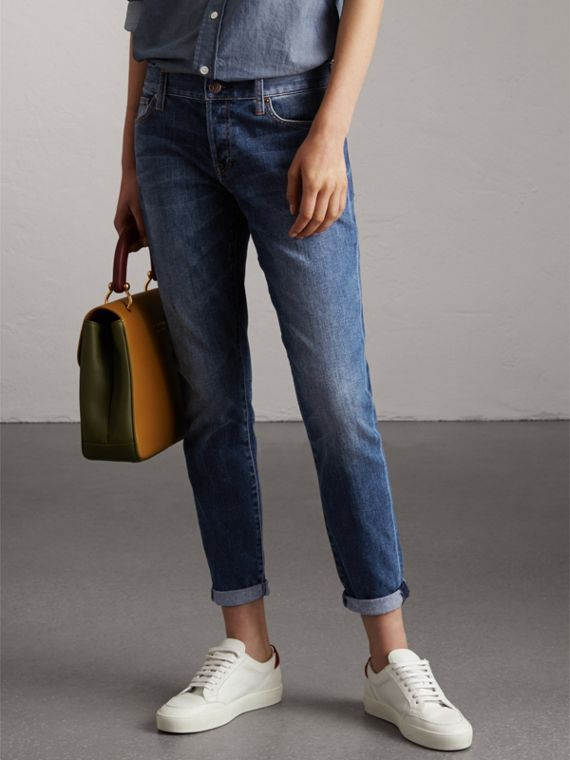Relaxed Fit Mid-Indigo Jeans - Women | Burberry United States - cell image 3