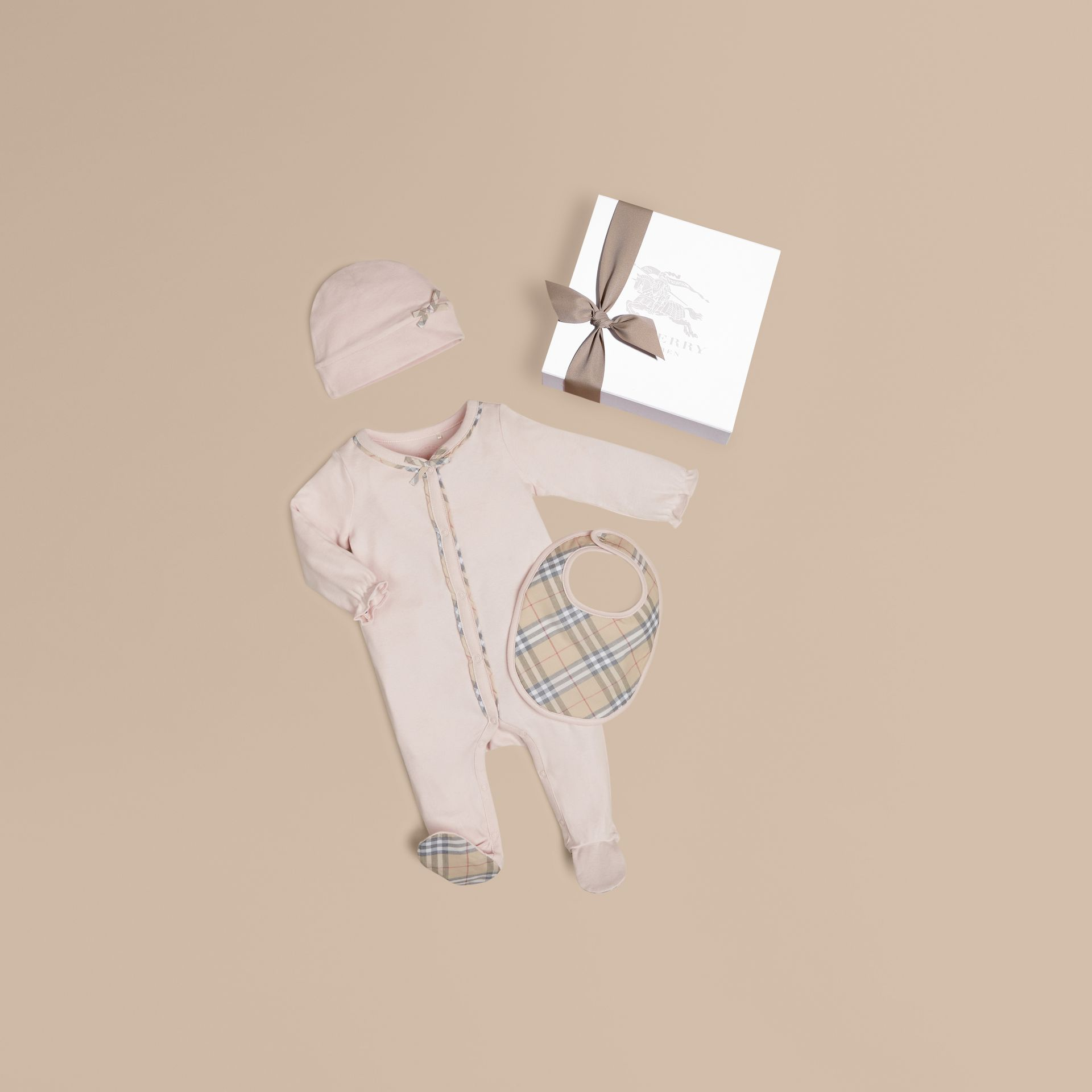 Check Cotton Three-piece Baby Gift Set in Powder Pink - Girl | Burberry - gallery image 1