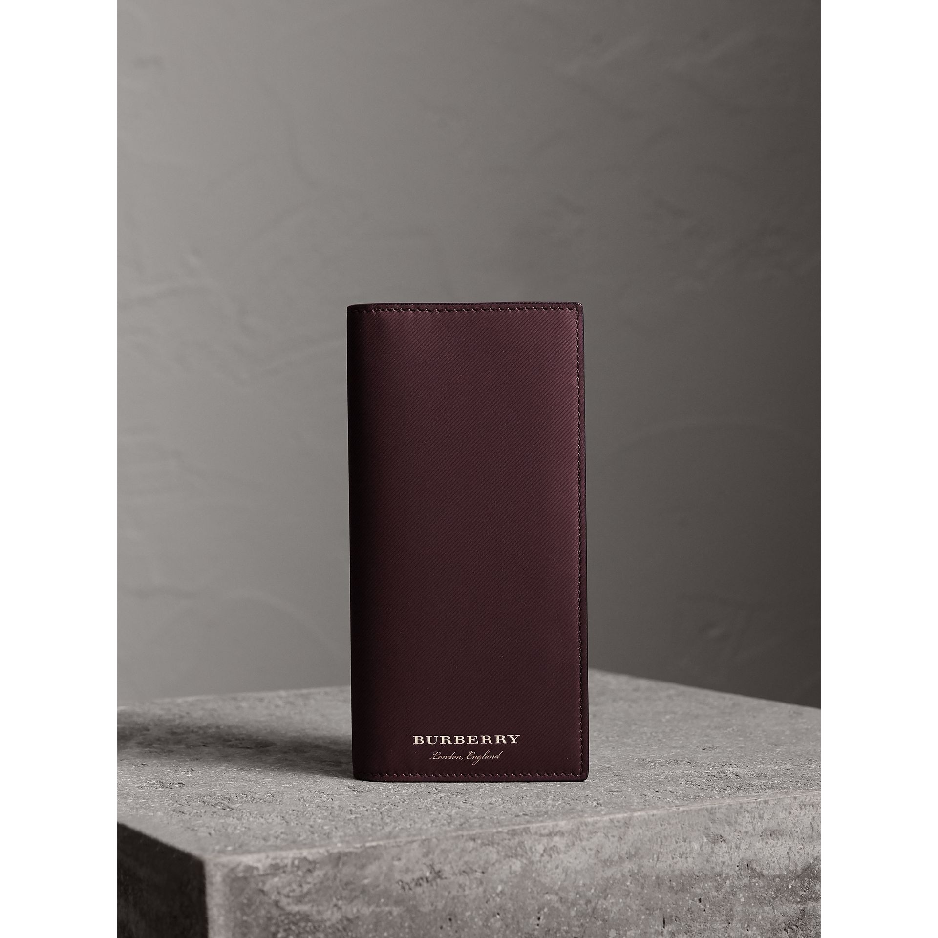 Trench Leather Continental Wallet in Wine - Men | Burberry Canada - gallery image 5