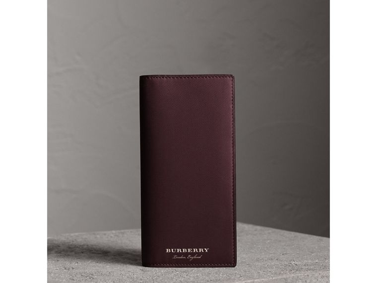 Trench Leather Continental Wallet in Wine - Men | Burberry Canada - cell image 4
