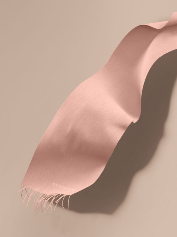 The Classic Cashmere Scarf in Ash Rose | Burberry