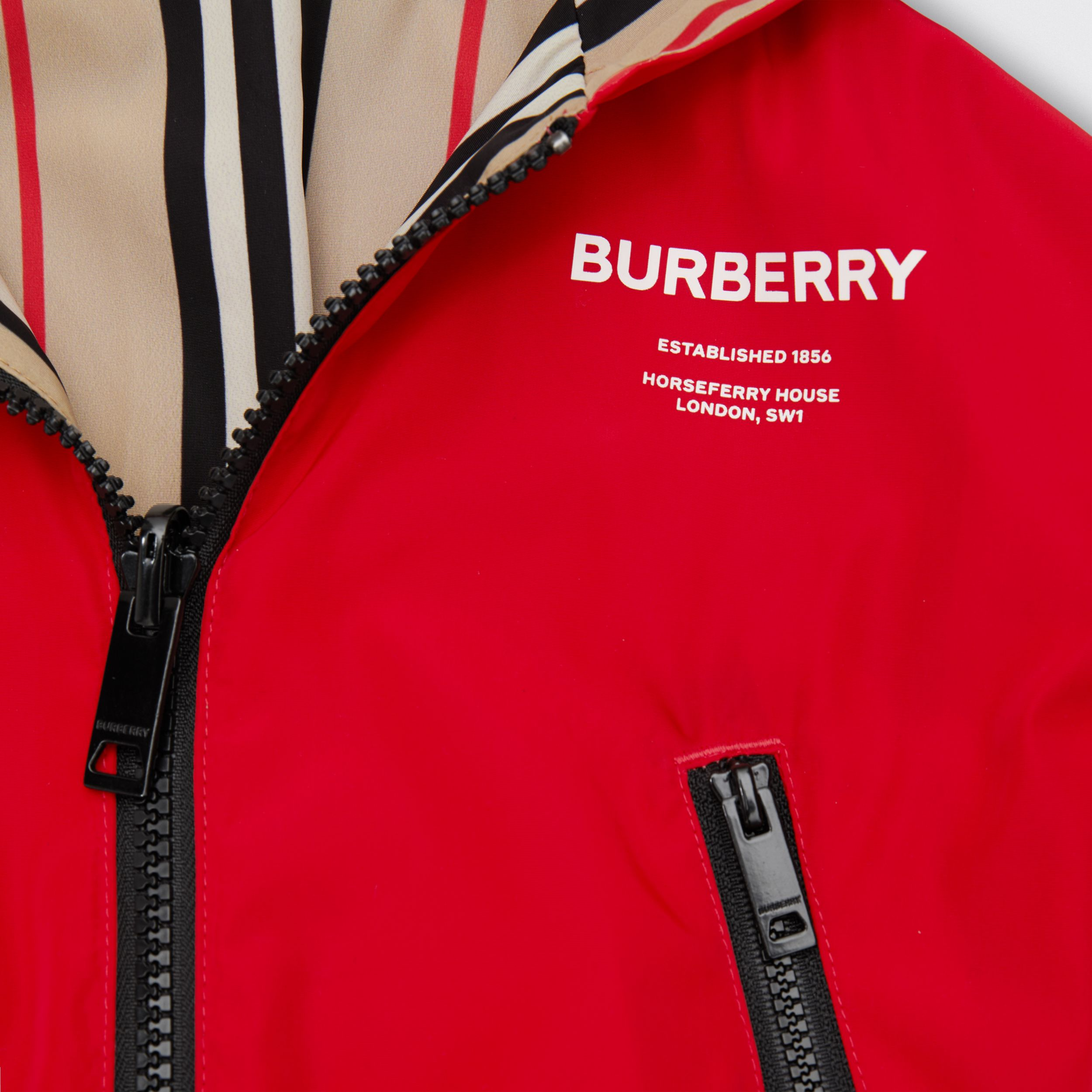 Reversible Icon Stripe Lightweight Hooded Jacket in Bright Red - Children | Burberry - 2