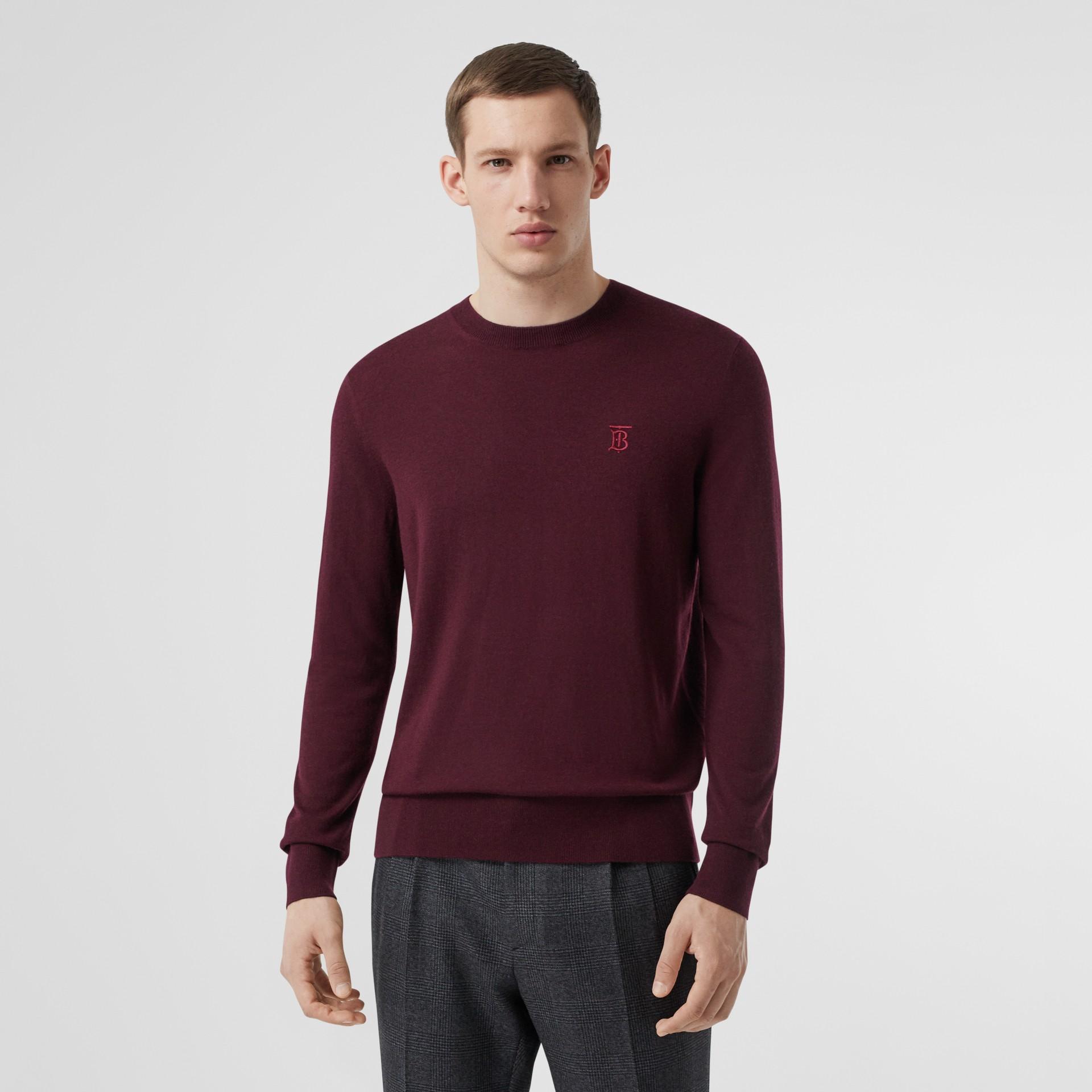 Suéter de cashmere com monograma (Vermelho Borgonha) - Homens | Burberry - galeria de imagens 0