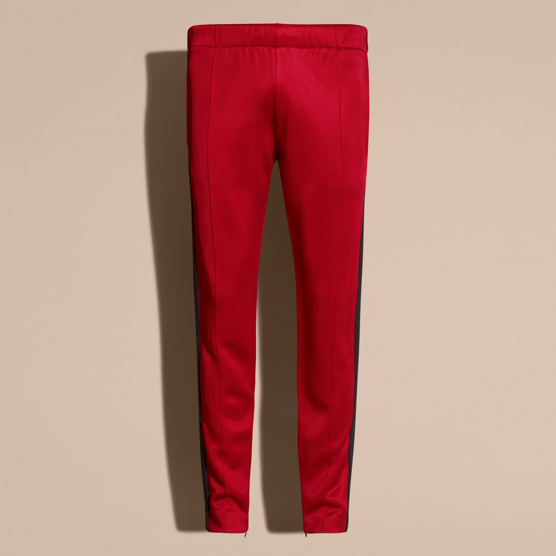 Rouge canneberge Pantalon de survêtement ultra-brillant Rouge Canneberge - photo de la galerie 4