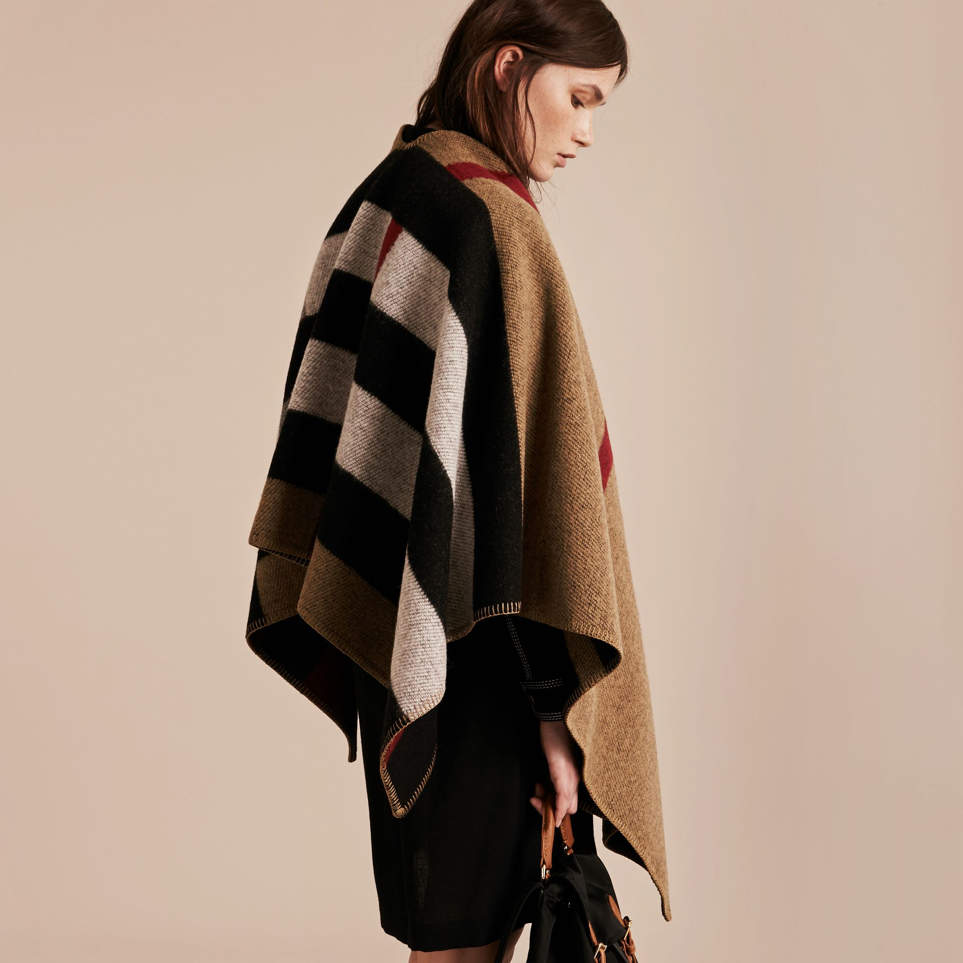 House check/black Check Wool and Cashmere Blanket Poncho - gallery image 3