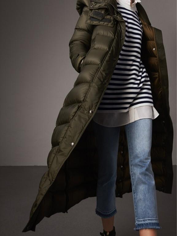 Piumino lungo imbottito con cappuccio amovibile (Oliva) - Donna | Burberry - cell image 1
