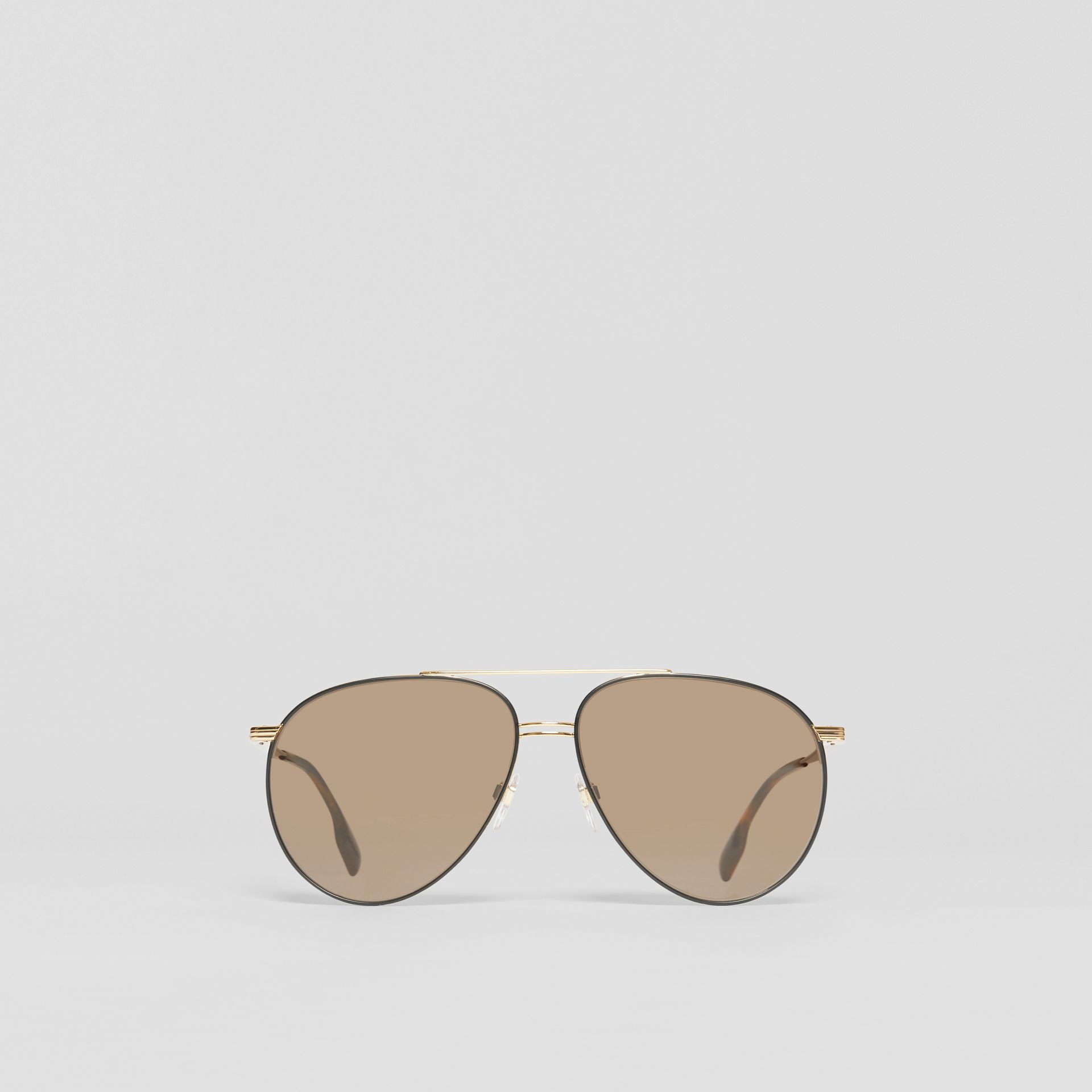 Top Bar Detail Pilot Sunglasses in Gold - Men | Burberry Canada - gallery image 0