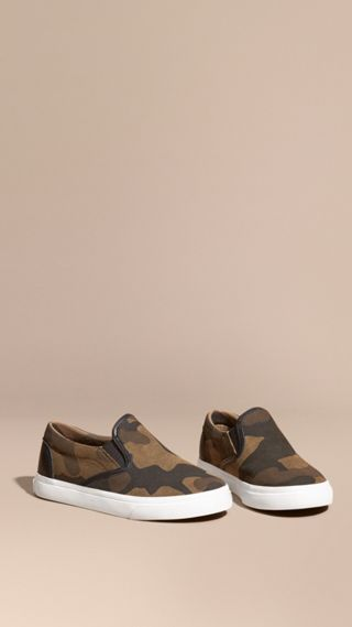 Camouflage Print Suede Slip-on Trainers