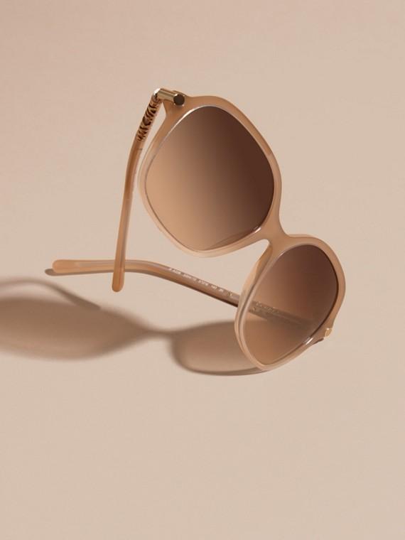 Chino grey Check Detail Round Frame Sunglasses Chino Grey - cell image 2