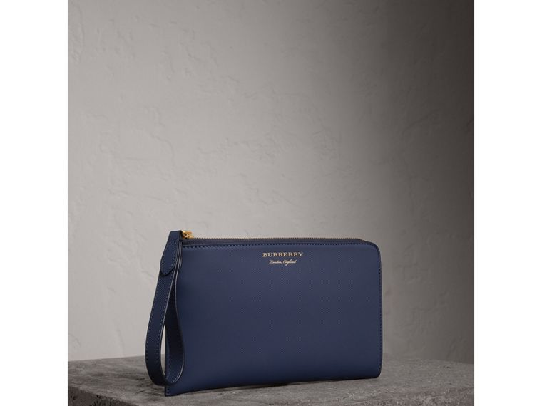 Two-tone Trench Leather Travel Wallet in Ink Blue | Burberry - cell image 4