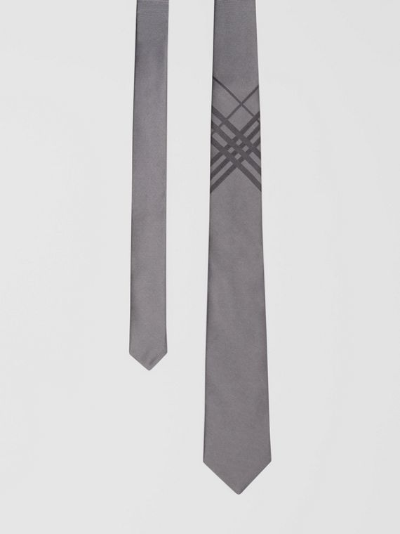 Classic Cut Check Silk Jacquard Tie in Storm Grey