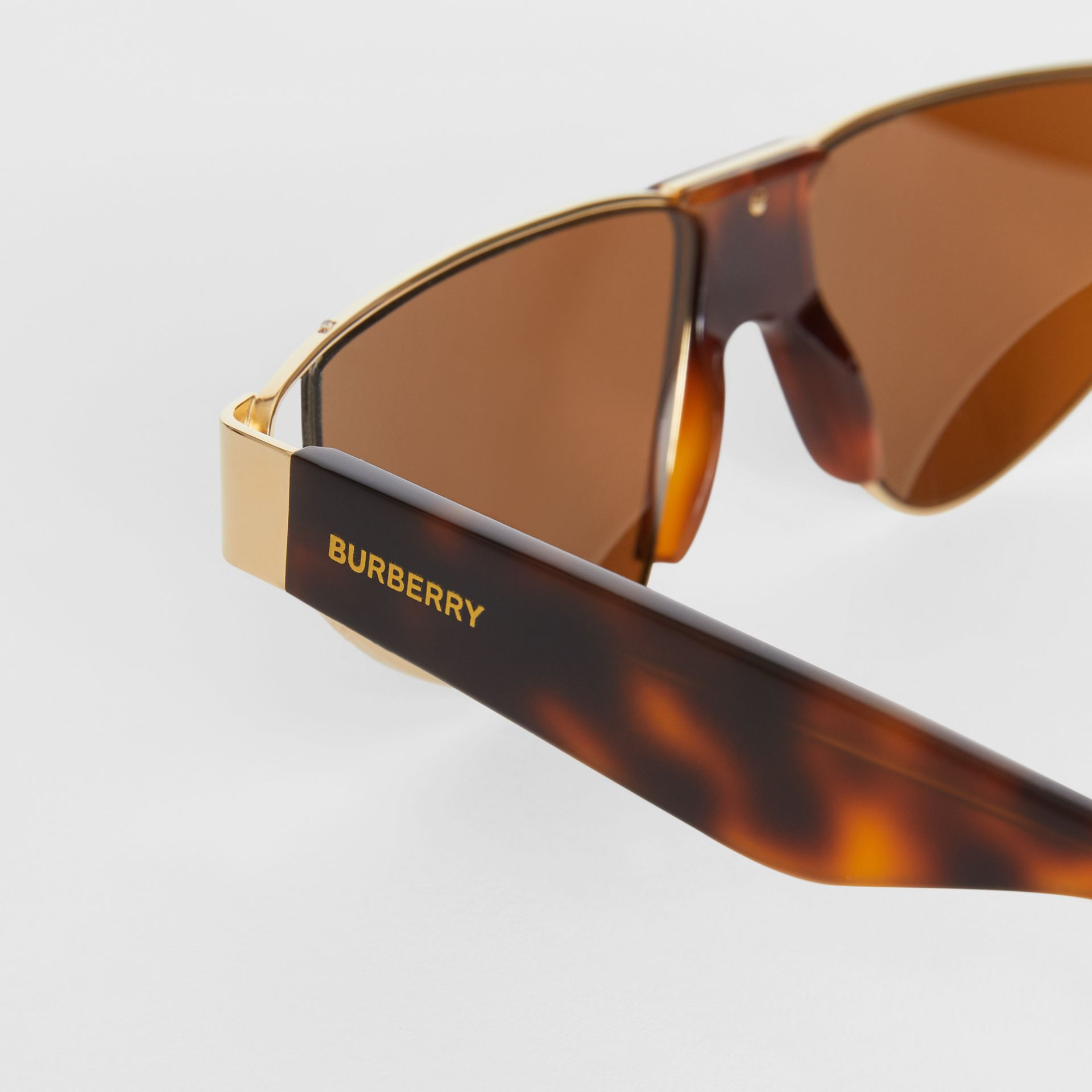 Gold-plated Triangular Frame Sunglasses in Tortoiseshell | Burberry Canada - gallery image 8
