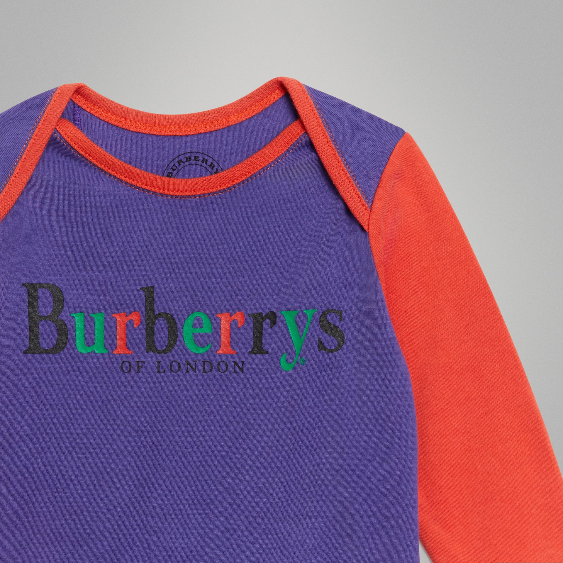 Cashmere and Cotton Three-piece Baby Gift Set in Bright Navy - Children | Burberry United Kingdom - gallery image 4
