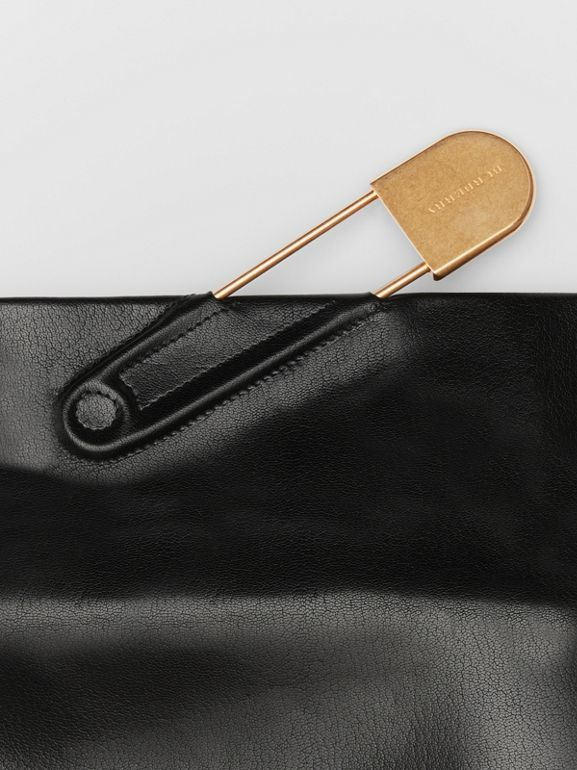 The Medium Patent Leather Pin Clutch in Black - Women | Burberry - cell image 1
