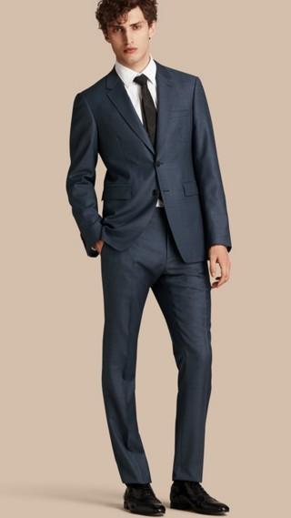 Costume de coupe moderne en laine Travel Tailoring