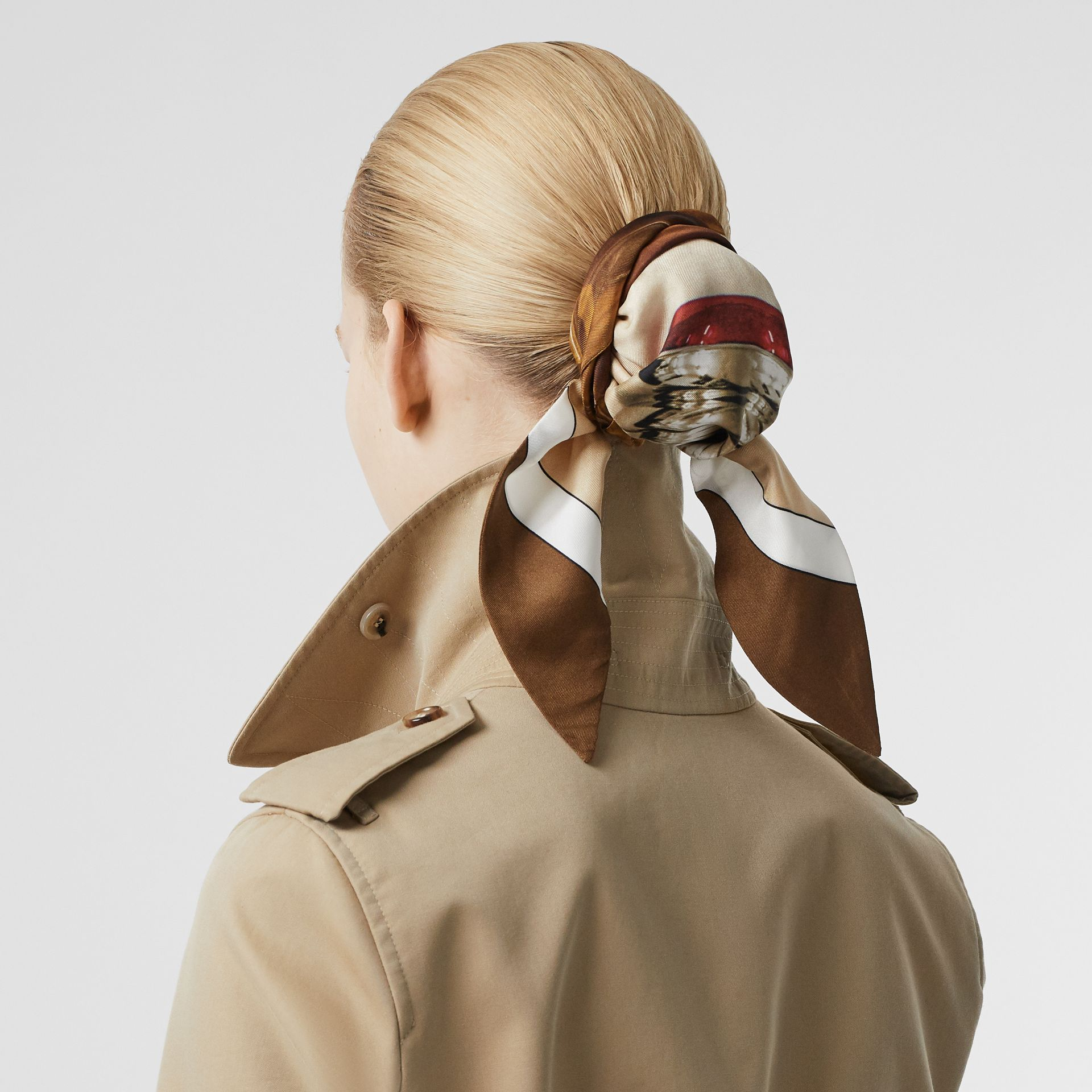 Leather D-ring Detail Cotton Gabardine Trench Coat in Honey - Women | Burberry - gallery image 5