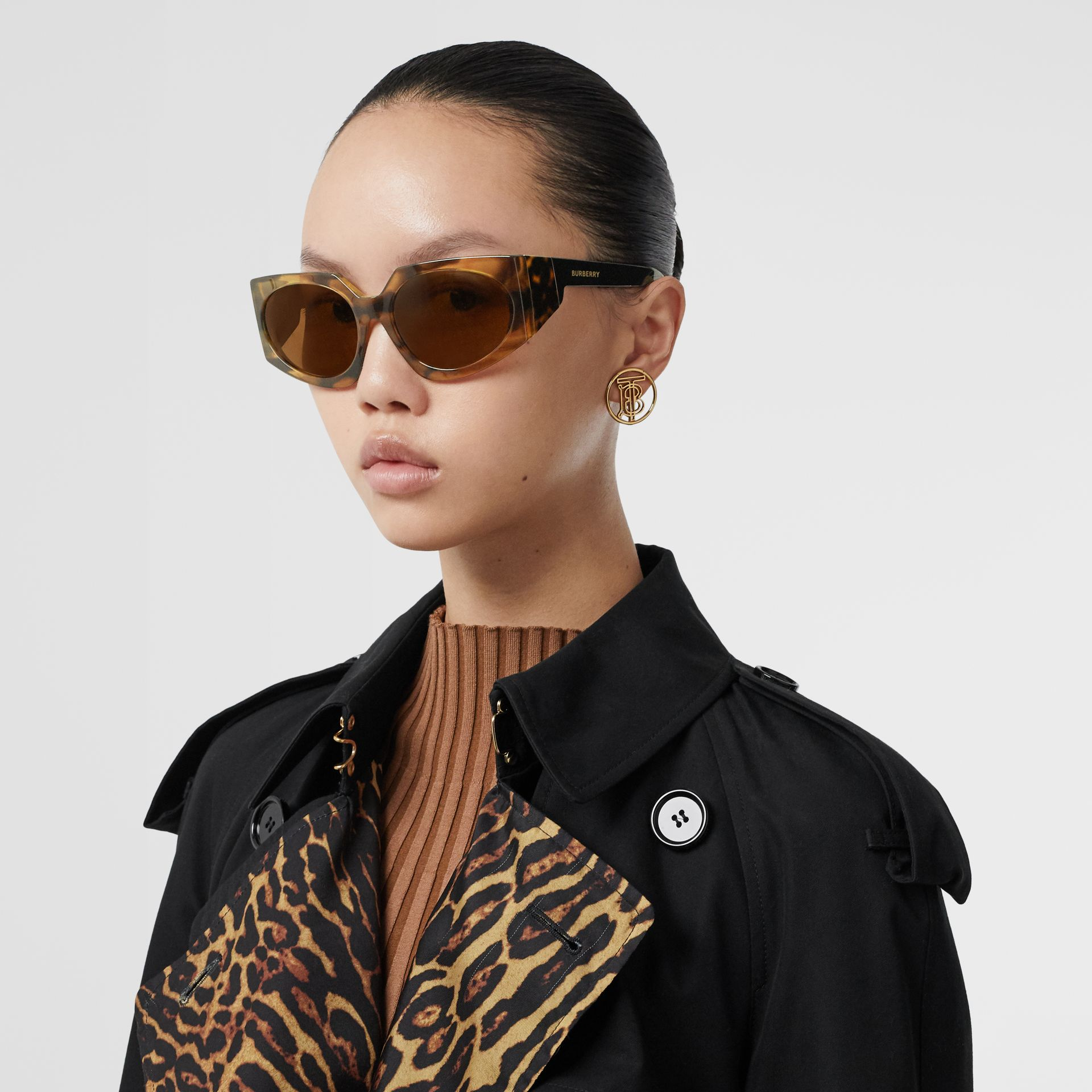 Geometric Frame Sunglasses in Bright Tortoiseshell - Women | Burberry - gallery image 2