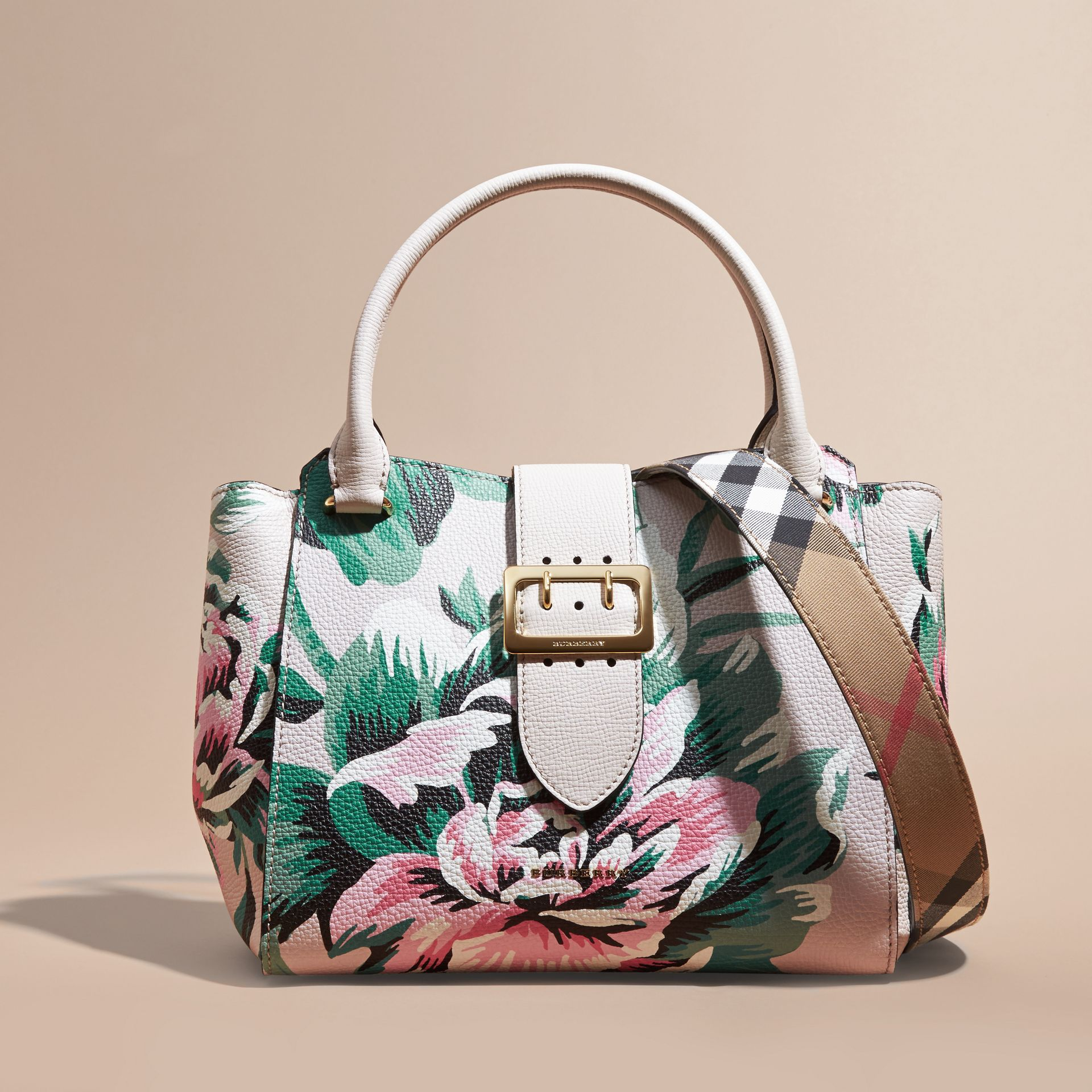 The Medium Buckle Tote in Peony Rose Print Leather in Natural/emerald Green - gallery image 9