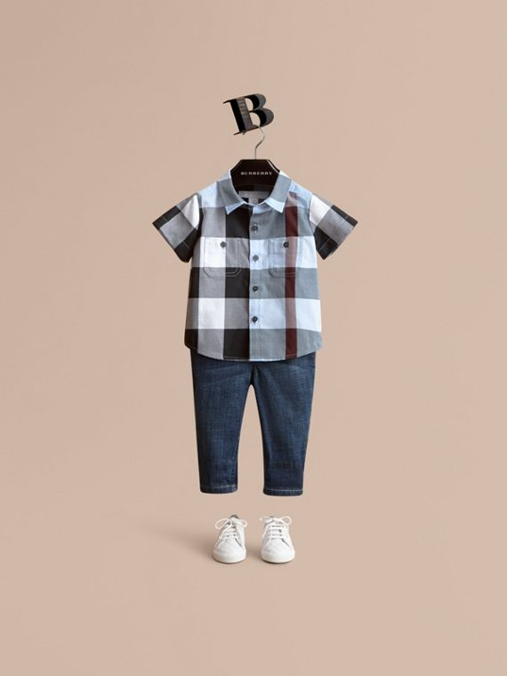 Short-sleeve Check Cotton Shirt in Cornflower Blue | Burberry Singapore