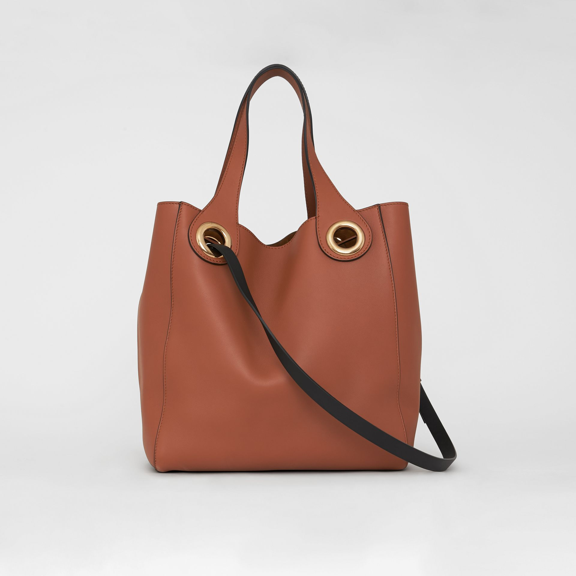 The Leather Grommet Detail Tote in Tan - Women | Burberry United Kingdom - gallery image 7