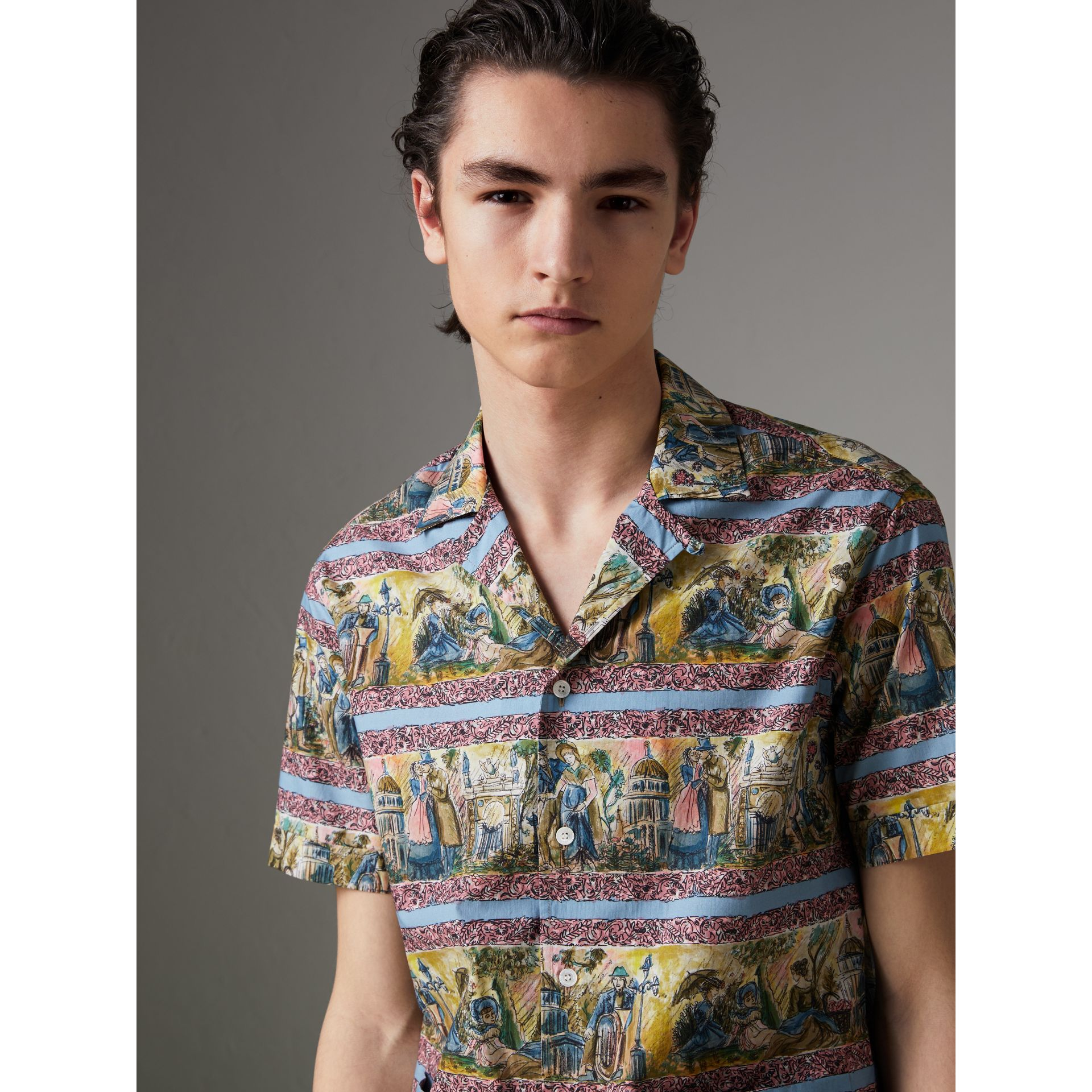 Short-sleeve Figurative Print Shirt in Turquoise Green - Men | Burberry United Kingdom - gallery image 0