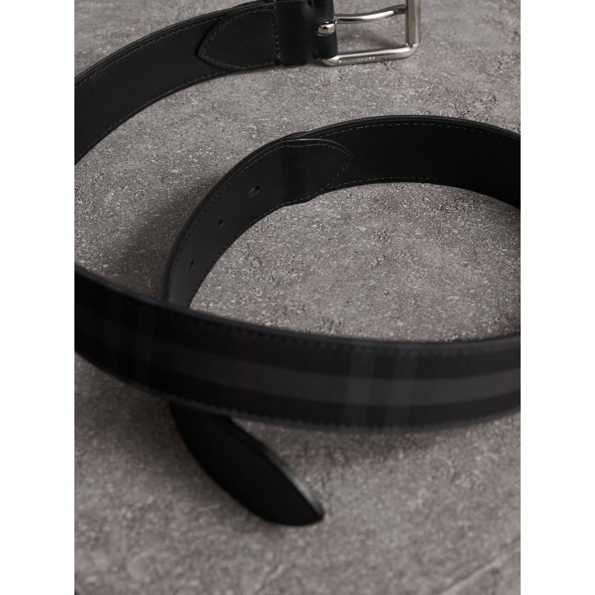 Horseferry Check and Leather Belt in Charcoal/black - Men | Burberry Canada - gallery image 4