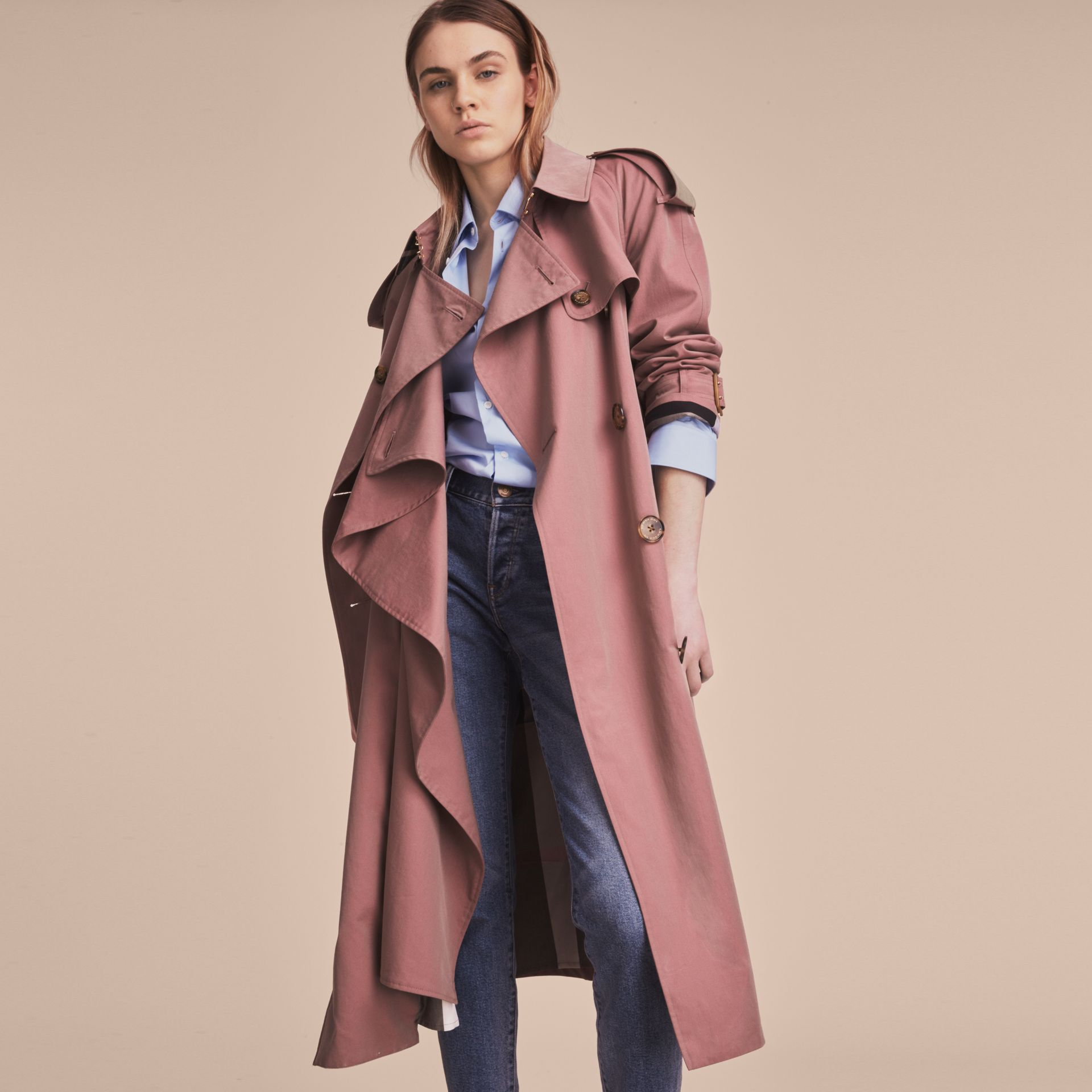 Tropical Gabardine Trench Coat in Antique Rose - Women | Burberry - gallery image 8