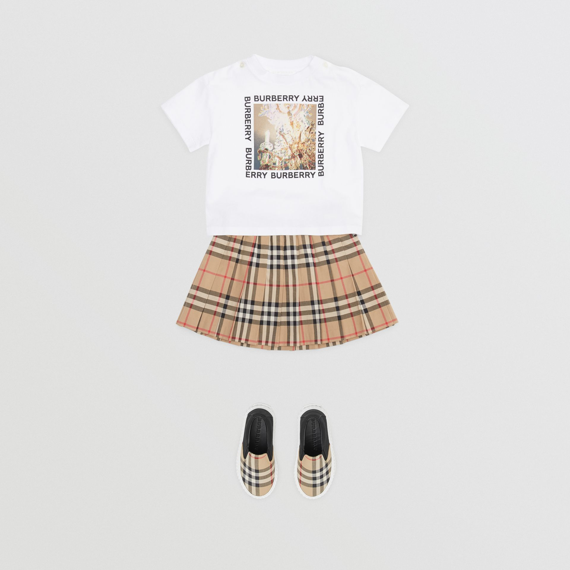 Vintage Check Pleated Skirt in Archive Beige - Children | Burberry - gallery image 2