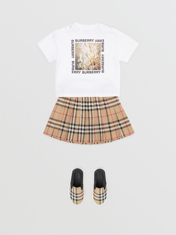 Vintage Check Pleated Skirt in Archive Beige - Children | Burberry United Kingdom - cell image 2