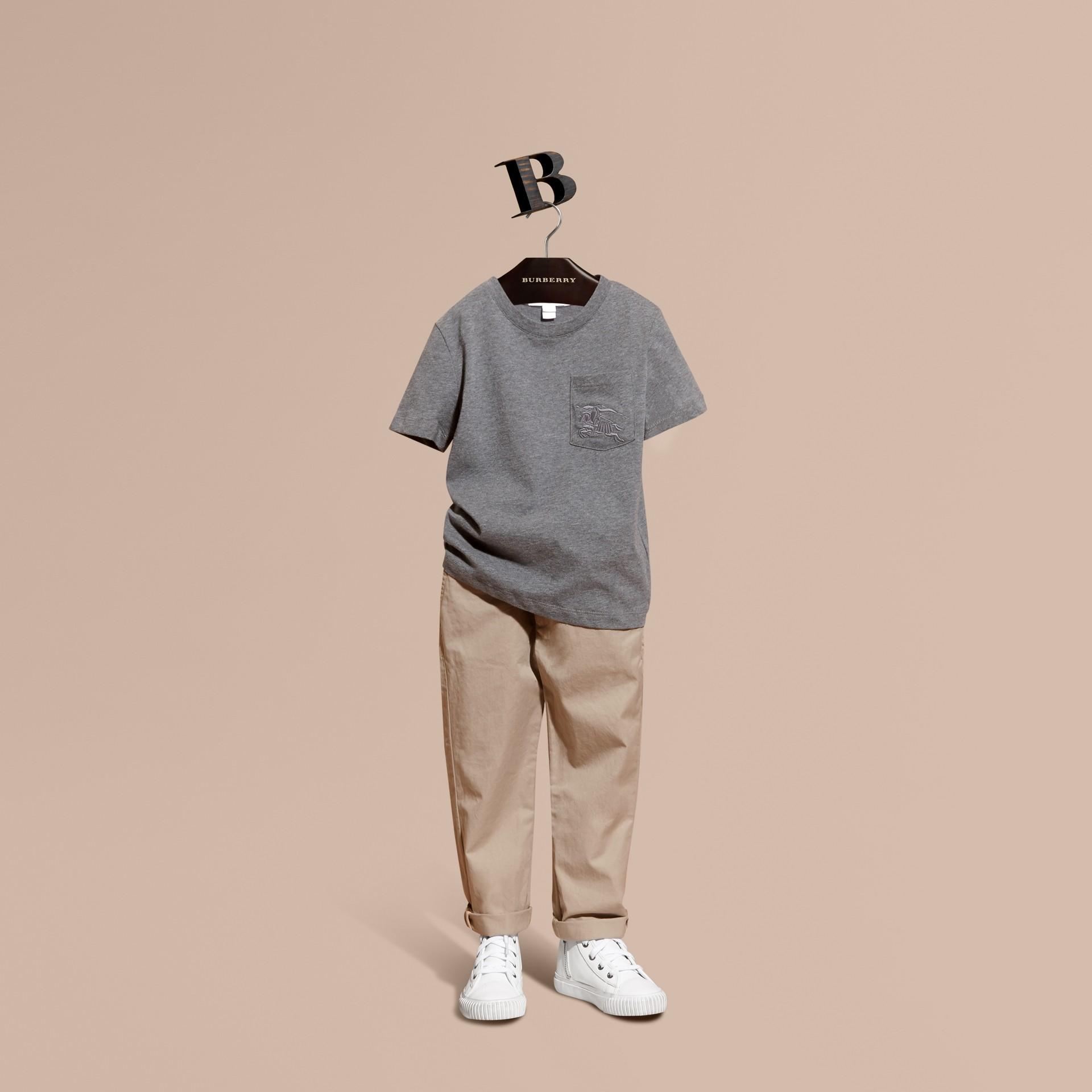 Camaïeu anthracite T-shirt à col ras du cou en coton Camaïeu Anthracite - photo de la galerie 1