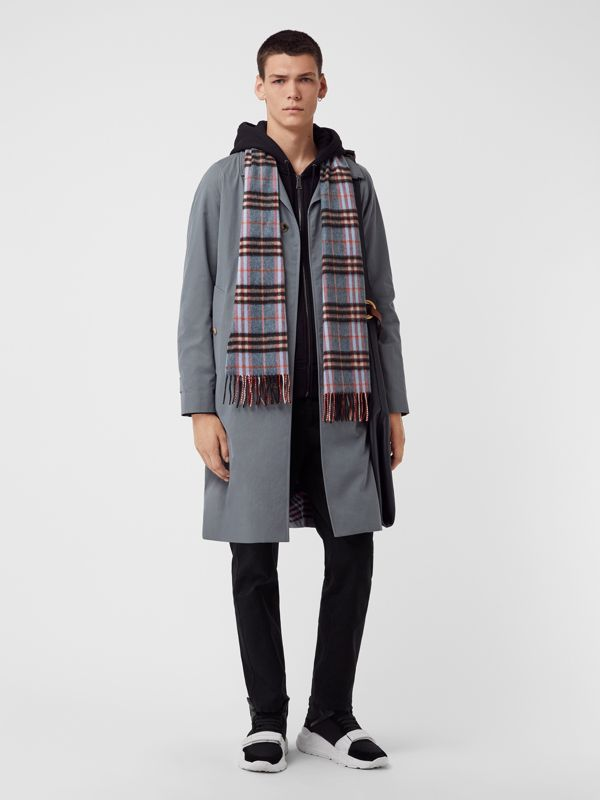 Check Cashmere Scarf in Pale Carbon Blue | Burberry - cell image 3