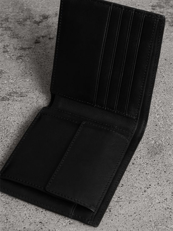 London Check International Bifold Coin Wallet in Navy/black - Men | Burberry Canada - cell image 3