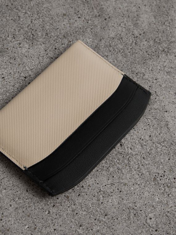 Two-tone Trench Leather Card Case in Limestone/ Black | Burberry - cell image 2