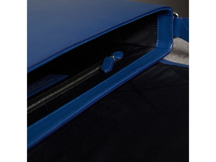 Medium London Leather Messenger Bag in Deep Blue - Men | Burberry Singapore - cell image 4