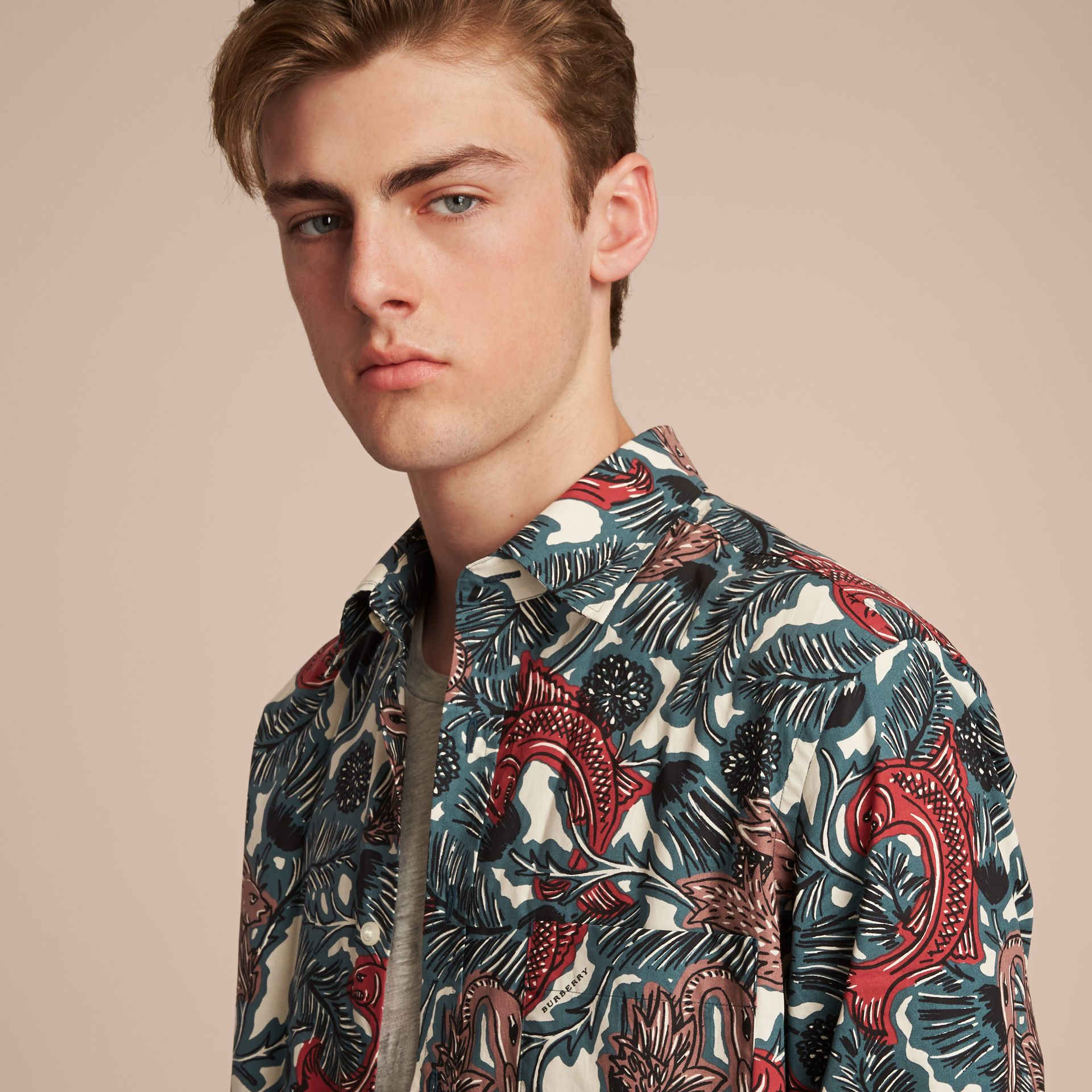 Beasts Print Cotton Poplin Longline Shirt in Mineral Blue - Men | Burberry Singapore - gallery image 5